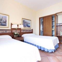 Отель Prestige Coral Platja Испания, Курорт Росес - отзывы, цены и фото номеров - забронировать отель Prestige Coral Platja онлайн сейф в номере