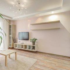 Апартаменты Domumetro Apartment on Varshavskoye комната для гостей фото 5
