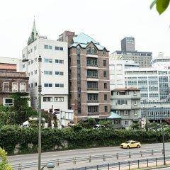 Отель Ehwa in Myeongdong Южная Корея, Сеул - отзывы, цены и фото номеров - забронировать отель Ehwa in Myeongdong онлайн балкон