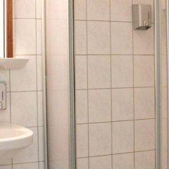 Отель Arta Lenz Hotel Германия, Берлин - отзывы, цены и фото номеров - забронировать отель Arta Lenz Hotel онлайн ванная фото 2