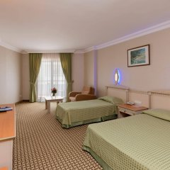 Отель Holiday Park Resort Окурджалар комната для гостей фото 2