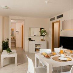 Отель Pierre & Vacances Residence Salou Испания, Салоу - отзывы, цены и фото номеров - забронировать отель Pierre & Vacances Residence Salou онлайн комната для гостей фото 2