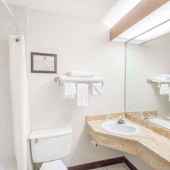 Отель Super 8 by Wyndham Columbus США, Колумбус - отзывы, цены и фото номеров - забронировать отель Super 8 by Wyndham Columbus онлайн ванная