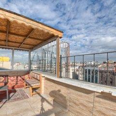 Second Home Hostel Стамбул балкон