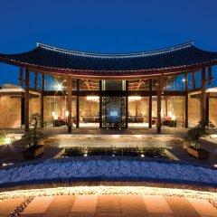 Отель Banyan Tree Lijiang вид на фасад