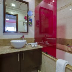 Отель MENA ApartHotel Albarsha ванная фото 2