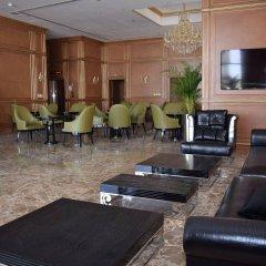 Strato Hotel by Warwick гостиничный бар