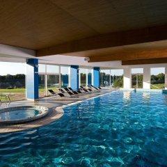 Отель Vilnius Grand Resort бассейн