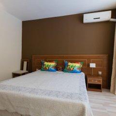 Апартаменты Two Bedroom Apartment with Kitchen & Balcony сейф в номере