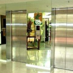 Отель The Ritz Hotel at Garden Oases Филиппины, Давао - отзывы, цены и фото номеров - забронировать отель The Ritz Hotel at Garden Oases онлайн фитнесс-зал
