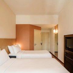 Отель Ibis Singapore On Bencoolen Сингапур сейф в номере