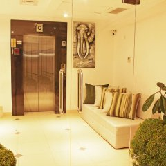 Отель Thilhara Days Inn Шри-Ланка, Коломбо - отзывы, цены и фото номеров - забронировать отель Thilhara Days Inn онлайн бассейн фото 2
