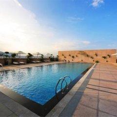 Отель Miramar Hotel - Xiamen Китай, Сямынь - отзывы, цены и фото номеров - забронировать отель Miramar Hotel - Xiamen онлайн бассейн фото 2