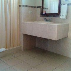 Отель Playa Bonita Гондурас, Тела - отзывы, цены и фото номеров - забронировать отель Playa Bonita онлайн ванная фото 2
