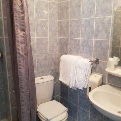 Отель Hôtel Saint-Hubert ванная