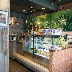 Zen Hostel Mahannop Бангкок питание