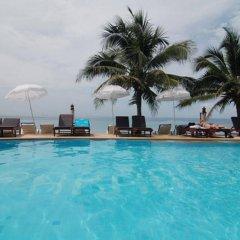 Отель Lanta Paradise Beach Resort бассейн фото 2