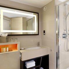 DoubleTree by Hilton London - Ealing Hotel ванная фото 2