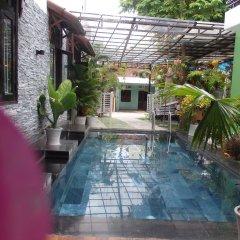Отель Anh Family Homestay бассейн