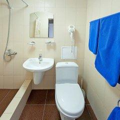Гостиница Кавказ в Краснодаре 4 отзыва об отеле, цены и фото номеров - забронировать гостиницу Кавказ онлайн Краснодар ванная