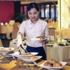 Отель Mercure Shanghai Royalton питание фото 2