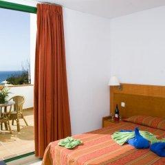 Отель Aparthotel Esquinzo Y Monte Del Mar комната для гостей фото 3
