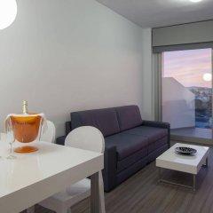 Апартаменты AxelBeach Ibiza Suites Apartments Spa and Beach Club - Adults Only комната для гостей фото 5