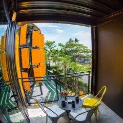 Отель Hivetel Таиланд, Бухта Чалонг - отзывы, цены и фото номеров - забронировать отель Hivetel онлайн балкон