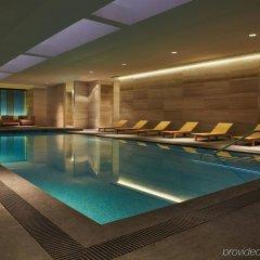 Отель Four Seasons Hotel Toronto Канада, Торонто - отзывы, цены и фото номеров - забронировать отель Four Seasons Hotel Toronto онлайн бассейн