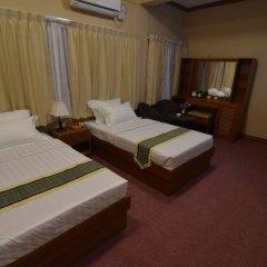Kyi Tin Hotel комната для гостей фото 3