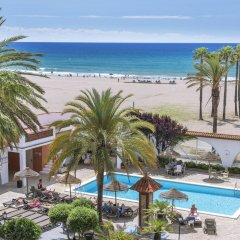 Отель 4R Gran Europe пляж