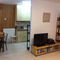 HeKhaluts Apartment Израиль, Иерусалим - отзывы, цены и фото номеров - забронировать отель HeKhaluts Apartment онлайн развлечения