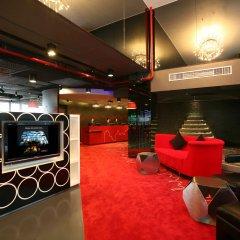 Отель Galleria 10 Sukhumvit Bangkok By Compass Hospitality Бангкок гостиничный бар
