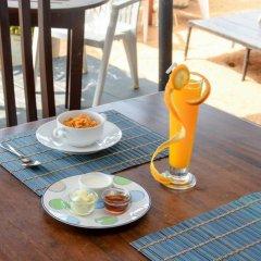 Отель Baywatch Шри-Ланка, Унаватуна - отзывы, цены и фото номеров - забронировать отель Baywatch онлайн бассейн фото 2