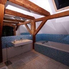 Отель Kolegiacki Польша, Познань - отзывы, цены и фото номеров - забронировать отель Kolegiacki онлайн ванная фото 2