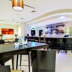 Отель Holiday Inn Express Dubai, Internet City гостиничный бар