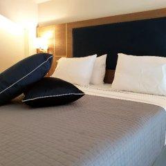 Отель Serenity Suites комната для гостей