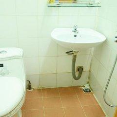 Отель Phuong Huy 3 Guest House Далат ванная