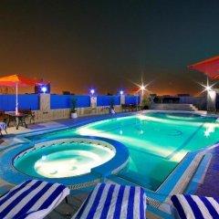 Отель Rolla Residence Hotel Apartment ОАЭ, Дубай - отзывы, цены и фото номеров - забронировать отель Rolla Residence Hotel Apartment онлайн бассейн фото 3