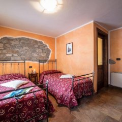 Отель Lo Teisson Bed And Breakfast Поллейн комната для гостей фото 3
