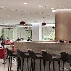 Отель NH Collection Madrid Eurobuilding гостиничный бар