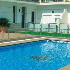 Отель Loto Conil Apartamentos Испания, Кониль-де-ла-Фронтера - отзывы, цены и фото номеров - забронировать отель Loto Conil Apartamentos онлайн бассейн