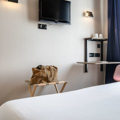 Отель Hôtel Le Petit Belloy Saint-Germain удобства в номере