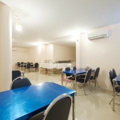 Отель Zen Rooms Phetchaburi 13 Бангкок помещение для мероприятий