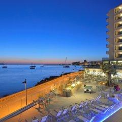 Отель Alua Hawaii Ibiza Испания, Сан-Антони-де-Портмань - отзывы, цены и фото номеров - забронировать отель Alua Hawaii Ibiza онлайн пляж
