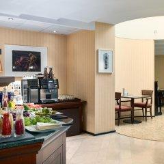 Отель NH Gent Sint Pieters Бельгия, Гент - 1 отзыв об отеле, цены и фото номеров - забронировать отель NH Gent Sint Pieters онлайн питание