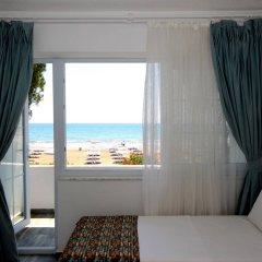 Mavi Beyaz Hotel Beach Club Силифке комната для гостей фото 2