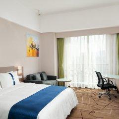 Отель Holiday Inn Express Chengdu West Gate комната для гостей фото 5