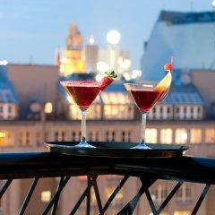 Отель Axel Hotel Berlin Германия, Берлин - 7 отзывов об отеле, цены и фото номеров - забронировать отель Axel Hotel Berlin онлайн бассейн фото 3