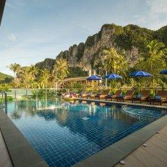 Отель Andaman Breeze Resort бассейн фото 3